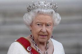Erzsébet királynő Invictus videó