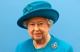 Erzsébet királynő vezet