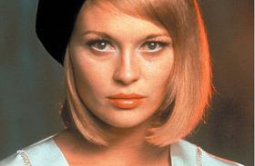 Faye Dunaway csúnya plasztikája