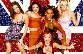Geri Halliwell Spice Girls bikinis fotók