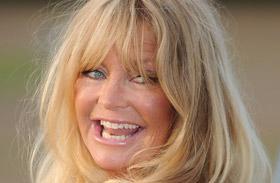 Goldie Hawn részeg Kurt Russell-lel