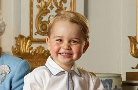 György herceg hiszti Harry