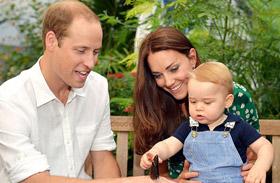 György herceg és családi fotó köszönőkártyán