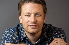 Jamie Oliver ötödik baba