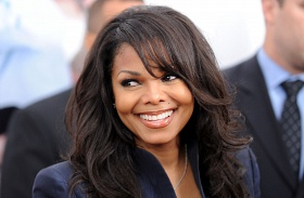 Janet Jackson terhes