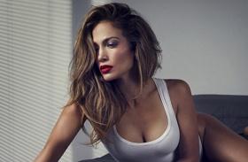 Jennifer Lopez A-Rod ágyban fotó