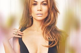 Jennifer Lopez miniruhában