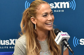 Jennifer Lopez bulizott A.K.A. című lemeze bemutatóján
