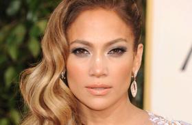 Jennifer Lopez bugyi nélkül bulizott fotók
