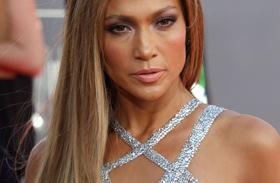 Jennifer Lopez szexi jelmeze