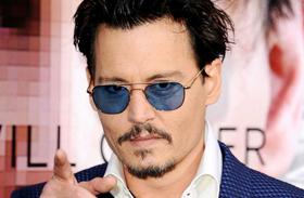 Johnny Depp részegen fotók