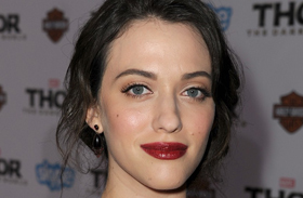 Kat Dennings 2 Broke Girls szereplő alakja