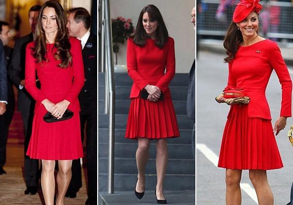 Ezt a rakott szoknyás Alexander McQueen ruhát annyira kedveli, hogy már háromszor is megcsodálhattuk rajta: 2012-ben Erzsébet királynő uralkodásának évfordulóján, 2013-ban egy jótékonysági eseményen, 2014-ben pedig egy állófogadáson volt rajta.