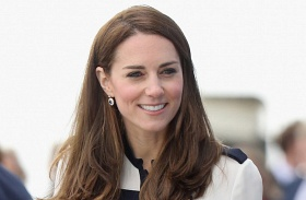Katalin hercegné vitorlázik