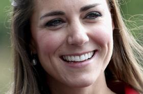 Katalin hercegné és Carole Middleton közti hasonlóság