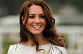 Katalin hercegné virágos ruhája