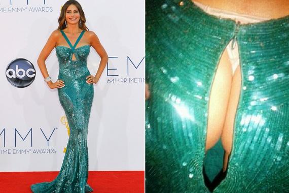 Sofia Vergara híres gömbölyded idomairól, amiket szeret minél szűkebb ruhában prezentálni. Az Emmy-gálán azonban nem bírta tovább a cipzár, és a díjátadó közepén kettészakadt.