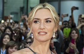 Kate Winslet sztárok feszülős ruhában fotók