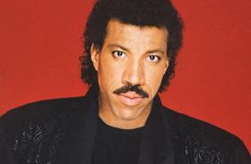 Lionel Richie plasztikai műtét