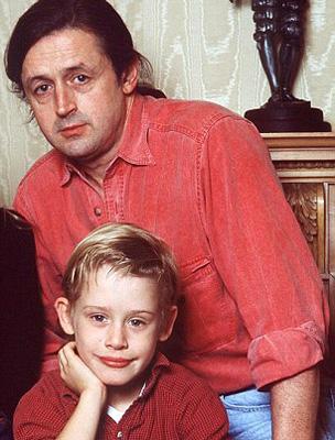 A gyerek Macaulay Culkin apjával