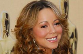 Mariah Carey BET hasat szabadon hagyó ruha