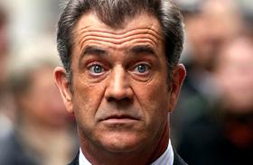 Mel Gibson kilencedszerre apa