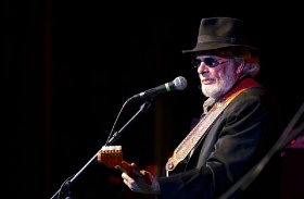Merle Haggard meghalt