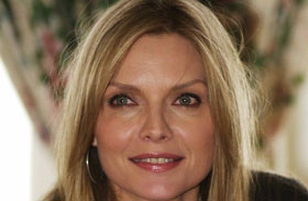 Michelle Pfeiffer felismerhetetlen