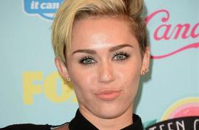 Miley Cyrus jegygyűrű vallomás