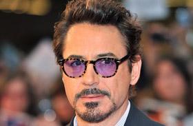 Robert Downey Jr. a műsorvezetőt is zavarba hozta