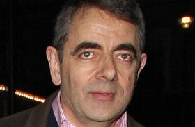 Rowan Atkinson fiatalabb barátnője