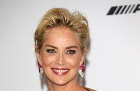 Sharon Stone szűk fekete ruha