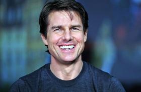 Tom Cruise új barátnője