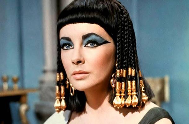Elizabeth Taylor az 1963-as Kleopátra című filmben