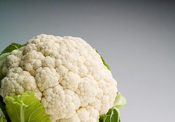A karfiol fogyasztása ugyancsak sokaknál okoz kellemetlen felfúvódást - melyért magas rost- és cellulóztartalma felel.