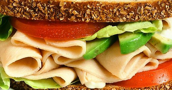 Egy alaposan megpakolt szendviccsel sosem tévedhetsz nagyot - különösen, ha nem csak saláta van benne.