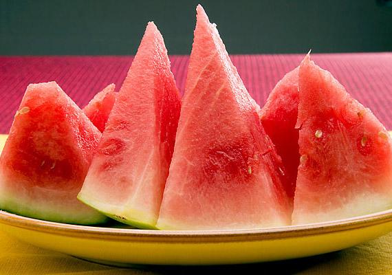 A görögdinnye-fogyasztással visszaállíthatod szervezeted sav-bázis egyensúlyát, likopintartalmának köszönhetően megelőzheted a keringési problémákat.