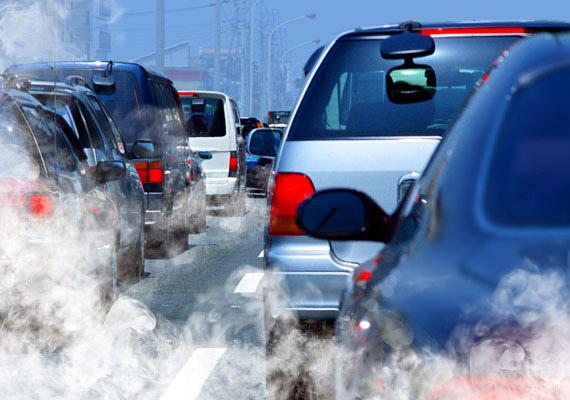 A Nemzetközi Rákkutató Intézet munkatársainak tájékoztatása szerint a mind nagyobb számú rákos megbetegedés oka a rossz minőségű levegő.