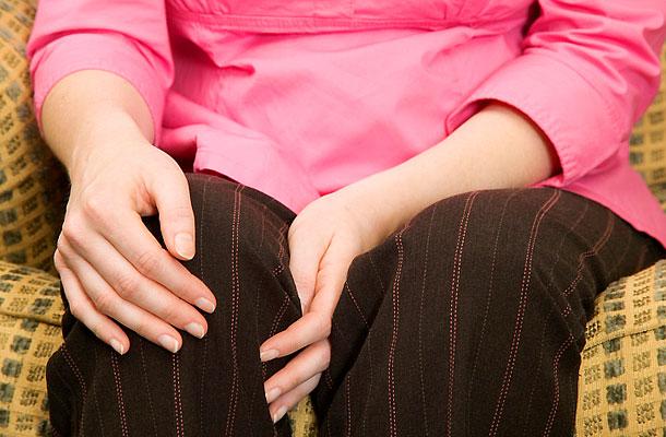 láz lelki okai vörös foltok a kezén viszketnek és pelyhesek