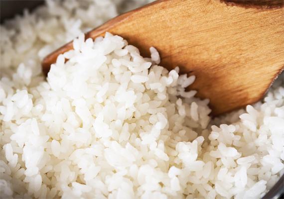 A rizs energiával tölt fel, emellett akadályozza az alkohol gyors felszívódását. Praktikus, ha úgy tervezed, sokat táncolsz majd az éjjel, mert kellő lendületet ad.