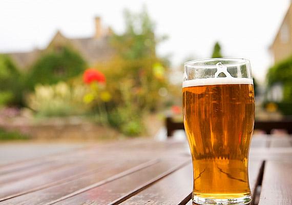 A sörben a savanyú káposztával megegyező módon jön létre a B12-vitamin.