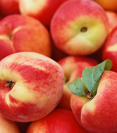 Őszibarack A gyümölcs A- és C-vitaminban egyaránt gazdag, ráadásul a benne található béta karotin rákellenes tulajdonságokkal bír. Továbbá a szelén szerepet játszik a szervezet hormonháztartásának kiegyensúlyozásában is.
