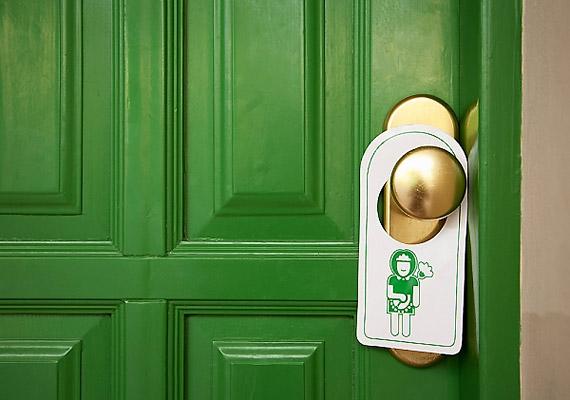 Nemcsak a bejárati ajtón, hanem a lakás összes kilincsén hemzseghetnek a kórokozók. Te mikor tisztítottad utoljára a WC-ajtó kilincsét?