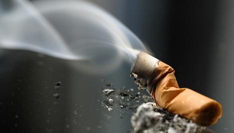 dohányzó dobó váladék)