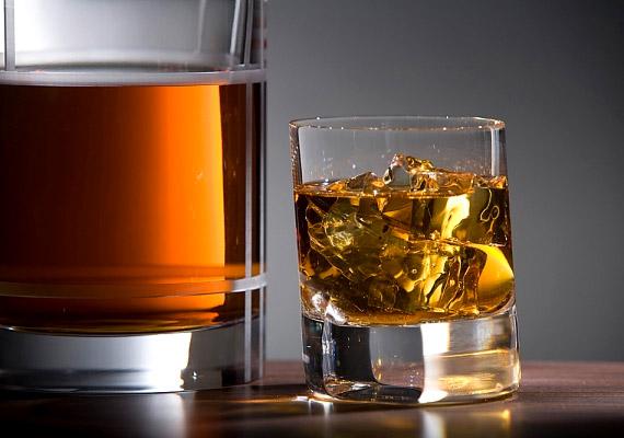 Légy óvatos az alkohollal, ugyanis túlzott fogyasztása rontja a csontképzést, valamint hátrányosan befolyásolja a kalciumfelszívó képességet.