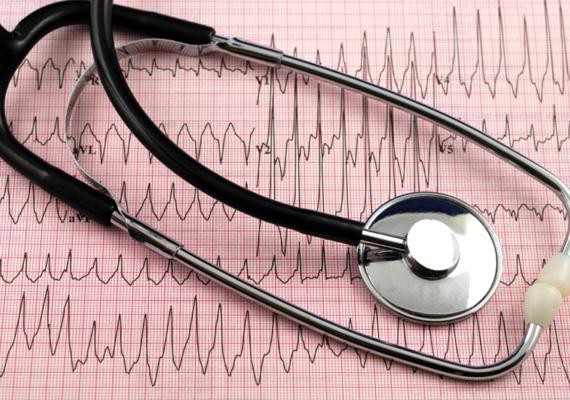 A szelén hiánya szív- és érrendszeri panaszokat okozhat, valamint megváltozatja a vér koleszterinszintjét.