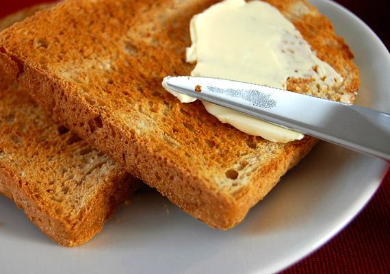 A pirítósra szánt margarinból válassz D-vitaminnal dúsítottat, hiszen már 20 grammban is körülbelül 62 NE van.