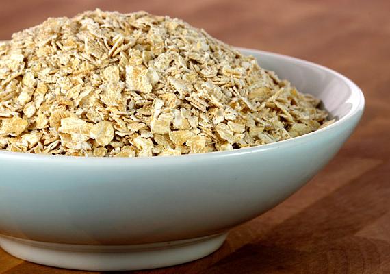 Ehetsz D-vitaminnal dúsított reggelizőpelyhet is, például zabpelyhet, korpapelyhet is: 30 grammal 52 NE D-vitaminhoz jutsz hozzá.