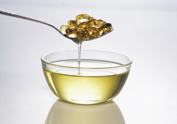 A tőkehalmájolaj jelentős D-vitamin-forrás: egy evőkanálnyi 924 NE-t tartalmaz. Kapszula formájában is árulják.