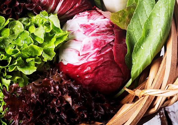 Fogyassz minél több nyers zöldséget! Alacsony cukor- és magas rosttartalmuk garantálja, hogy segítik a Candida-gombák kordában tartását.